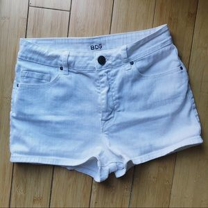 Urban Outfitters BDG High Rise Erin White Shortie